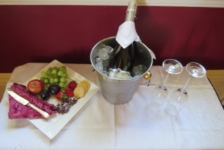 Wedding specials at Warwick House